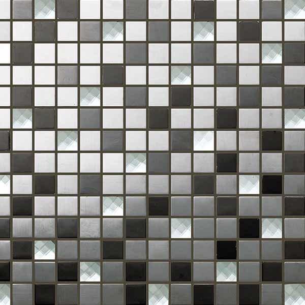 Укладка мозаики на стены