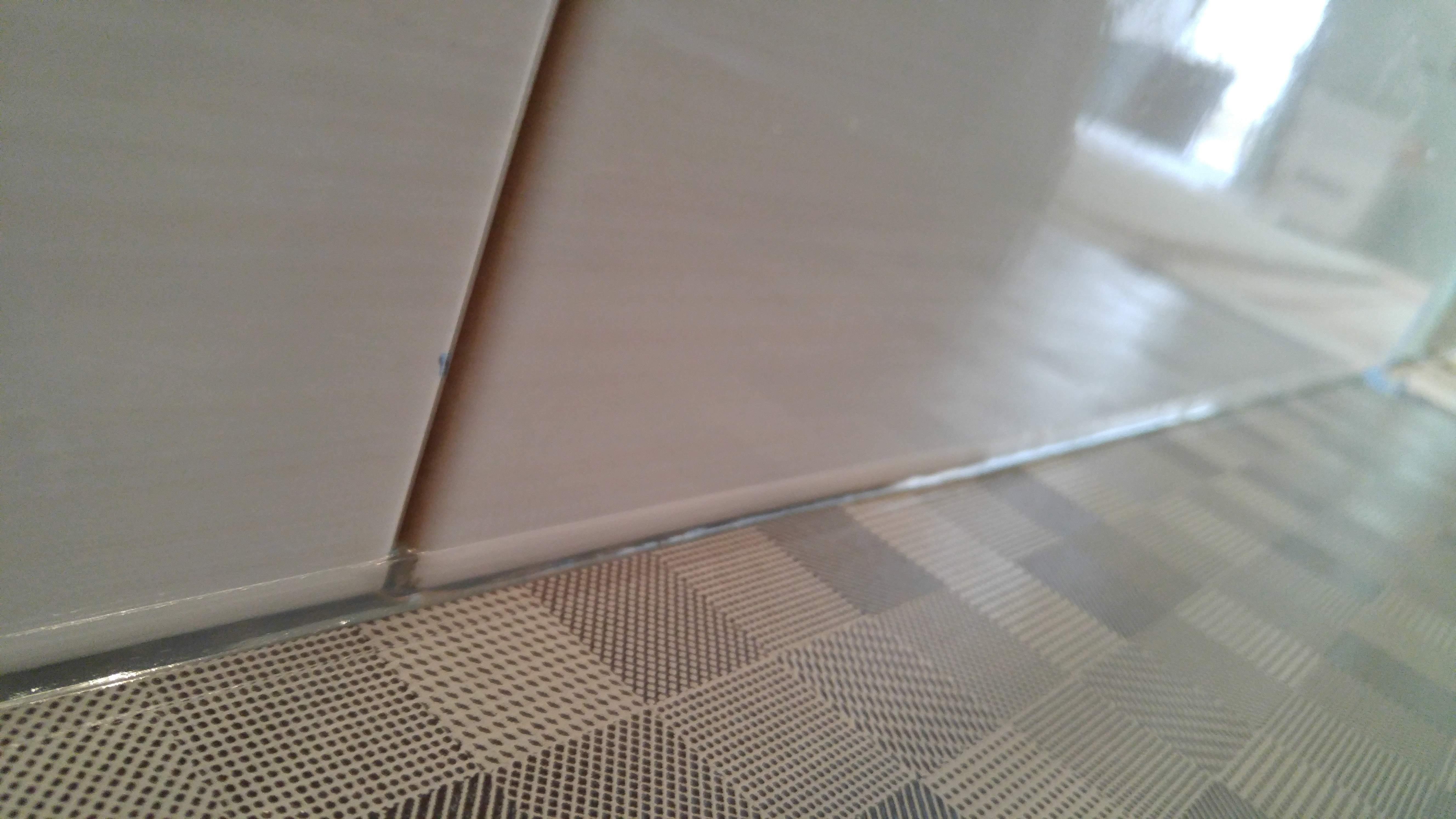 силиконим под ванной швы плитки