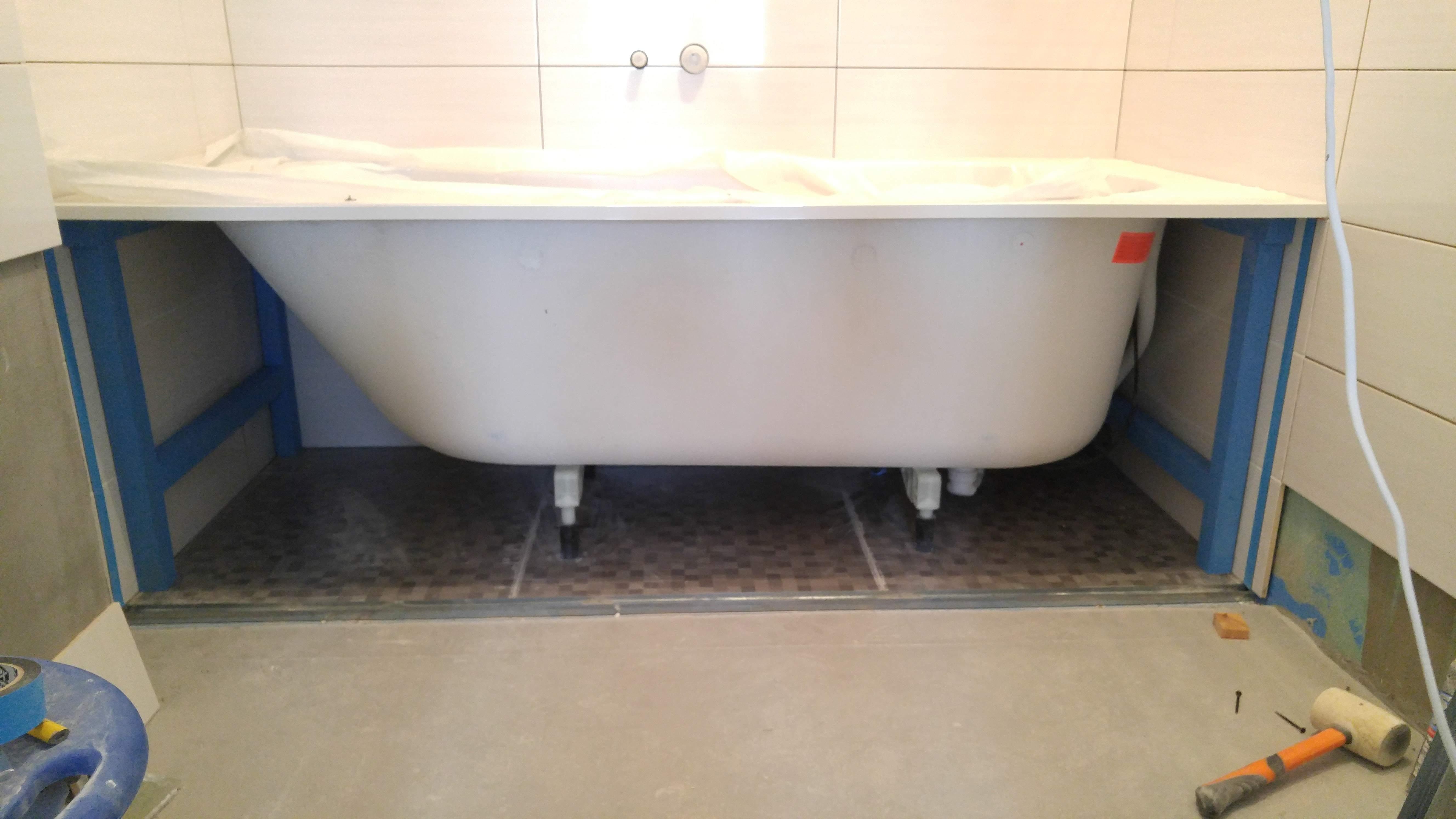 Вид установленной ванны